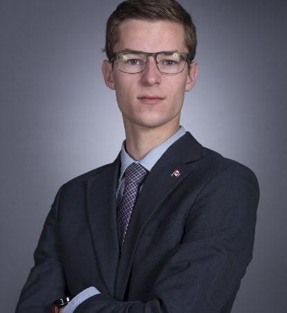 安省歷史上最年輕的省議員 (MPP) Sam Oosterhoff