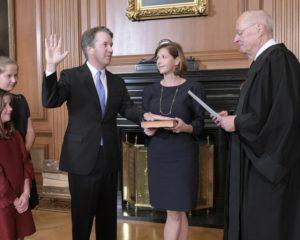美國參議院周六(10月6日)下午以50票對48票,確認最高法院大法官卡瓦諾(Brett Kavanaugh)提名案 (Alex Wong/Getty Images)